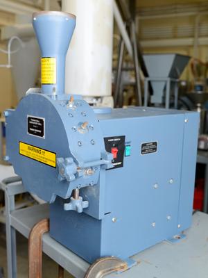 Thomas Scientific Model 4 Laboratory Mill