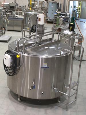 Paul Mueller Company PCP 500 Gallon Mixing Tank with Agitator