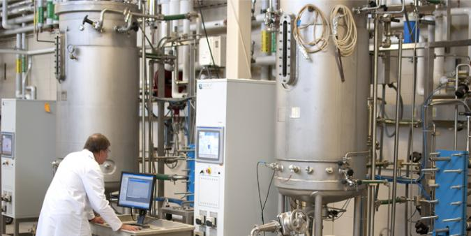 The Industrial Fermentation and Downstream Processing Workshop will be held May 14-16 at Iowa State University. The workshop will include hands-on activities with large pilot-scale fermenters including the 500- and 1,000-liter fermenters located at the Iowa State's BioCentury Research Farm.